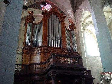002 - St Claude (39) La cathédrale des Trois Apôtres (St Pierre, St Paul, St André) 0035