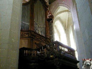 002 - St Claude (39) La cathédrale des Trois Apôtres (St Pierre, St Paul, St André) 0036