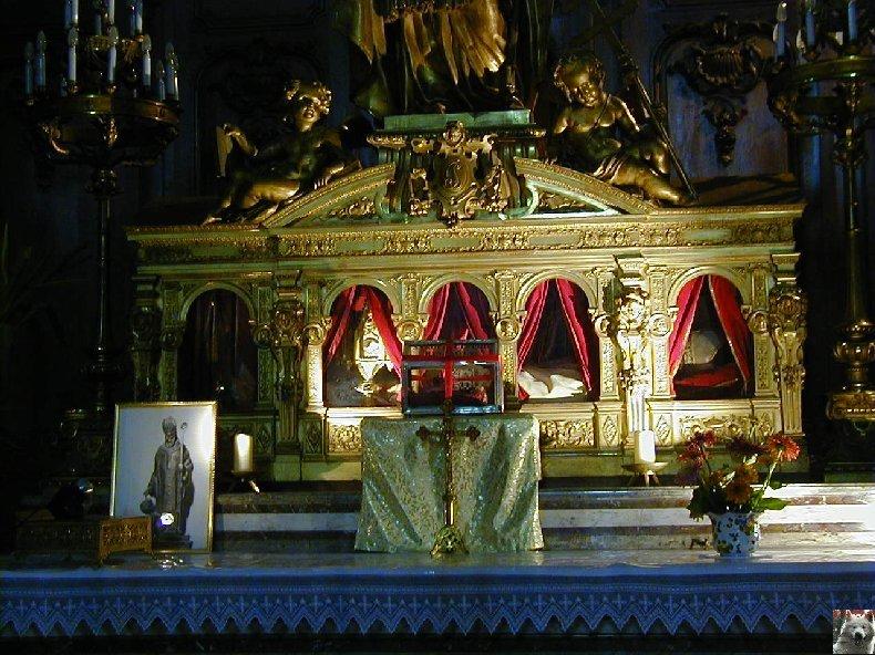 002 - St Claude (39) La cathédrale des Trois Apôtres (St Pierre, St Paul, St André) 0038