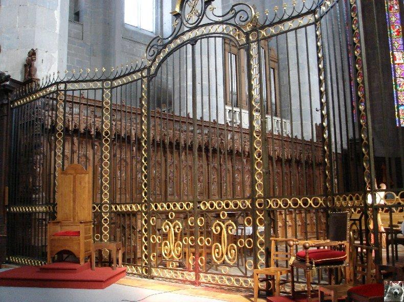 002 - St Claude (39) La cathédrale des Trois Apôtres (St Pierre, St Paul, St André) 0041