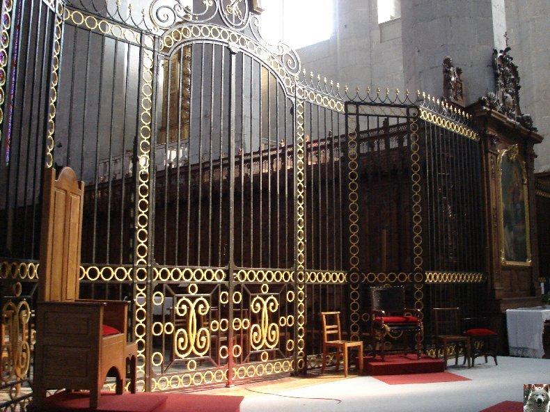 002 - St Claude (39) La cathédrale des Trois Apôtres (St Pierre, St Paul, St André) 0042