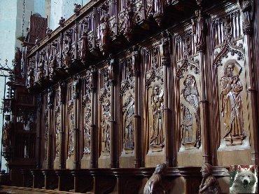 002 - St Claude (39) La cathédrale des Trois Apôtres (St Pierre, St Paul, St André) 0045