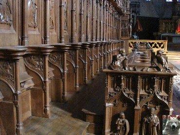 002 - St Claude (39) La cathédrale des Trois Apôtres (St Pierre, St Paul, St André) 0049