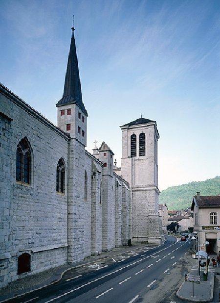 002 - St Claude (39) La cathédrale des Trois Apôtres (St Pierre, St Paul, St André) 0059