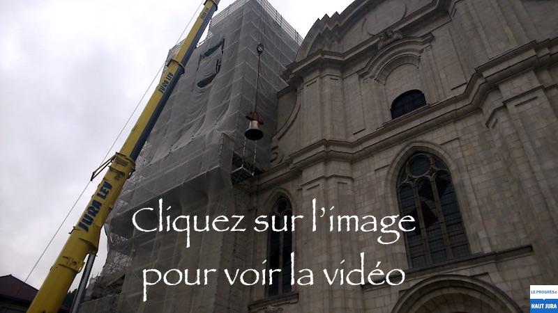 2017-11-07 : Les cloches ont retrouvé le clocher de la Cathédrale de St-Claude (39) 2017-11-07_V1