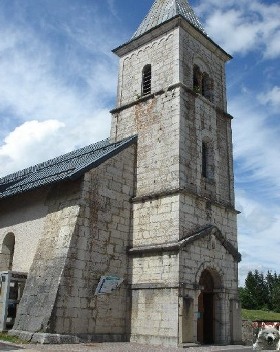 007 - Les Moussières (39) L'église St Joseph 0026