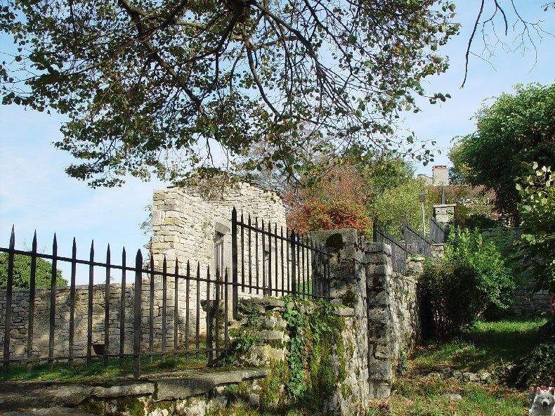 [39] : 20 octobre 2005 - Château-Chalon 0005
