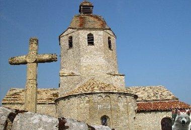 048 - St-Hymetière (39) L'église Ste Marie 0003