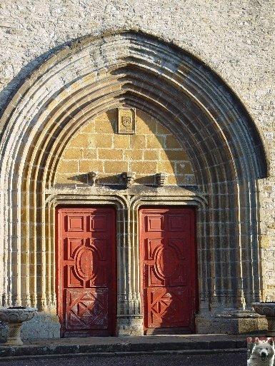 045 - Gigny (39) L'abbatiale Saint-Taurin 0005
