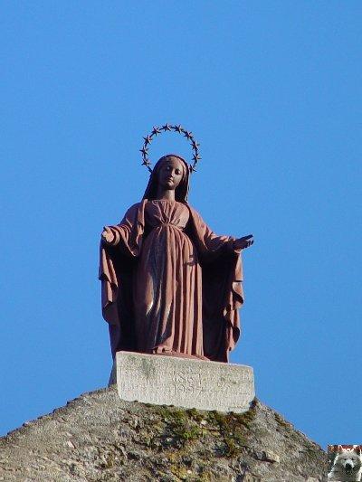 045 - Gigny (39) L'abbatiale Saint-Taurin 0007