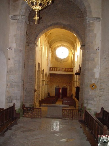 045 - Gigny (39) L'abbatiale Saint-Taurin 0009