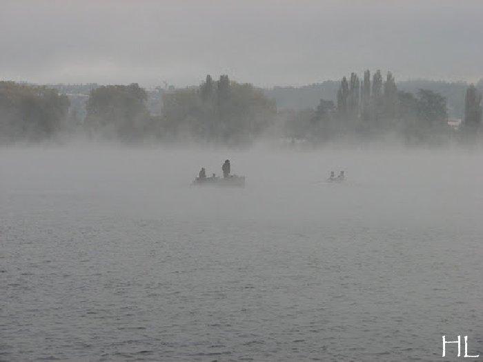 Le lac en partage - Un très inhabituel lac d'Annecy - 24-10-2011 Hl_annecy_005