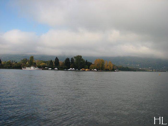 Le lac en partage - Un très inhabituel lac d'Annecy - 24-10-2011 Hl_annecy_010