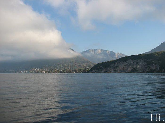 Le lac en partage - Un très inhabituel lac d'Annecy - 24-10-2011 Hl_annecy_011