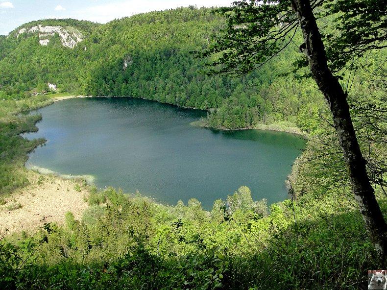 Le Lac de Bonlieu (39) A