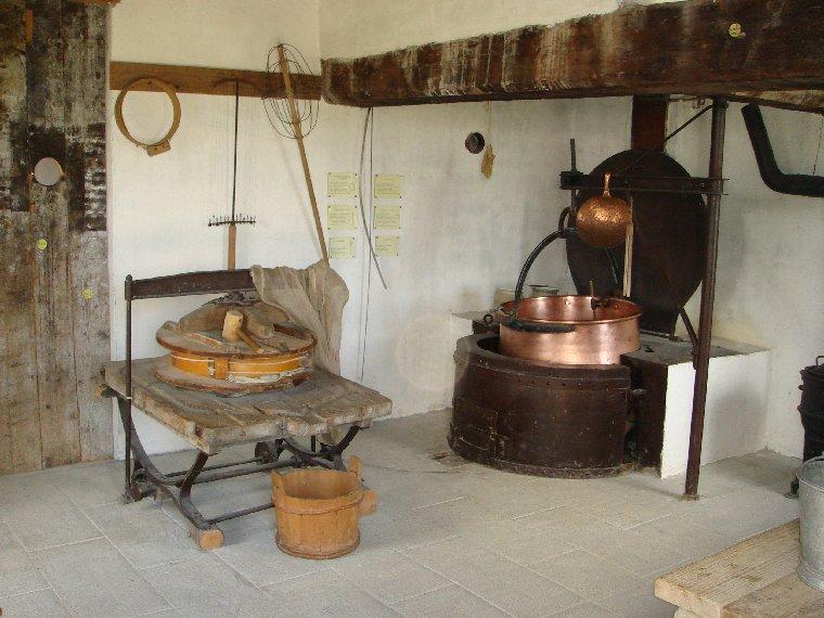 Musée de Plein Air des Maisons Comtoises - Nancray (25) 0048
