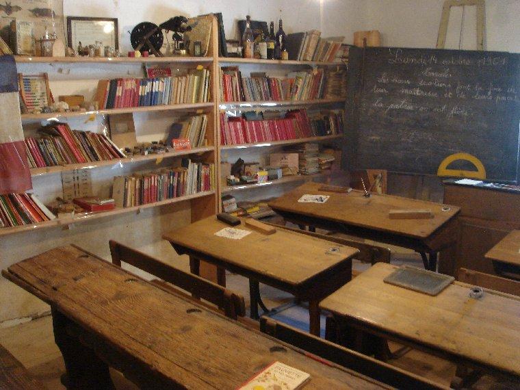 Musée de Plein Air des Maisons Comtoises - Nancray (25) 0096