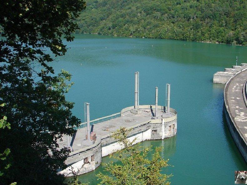 Le barrage et le lac de Vouglans (39) - 27/07 - 12/08/2007 0005