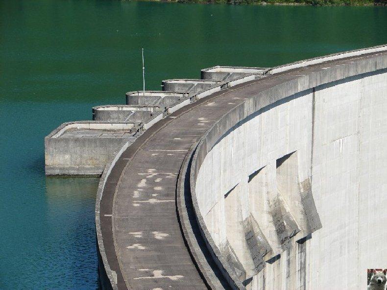 Le barrage et le lac de Vouglans (39) - 27/07 - 12/08/2007 0006