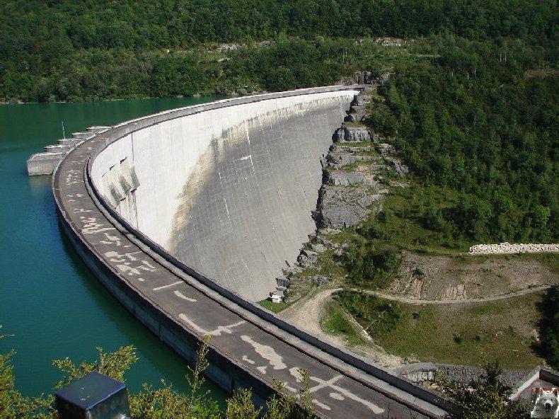 Le barrage et le lac de Vouglans (39) - 27/07 - 12/08/2007 0007