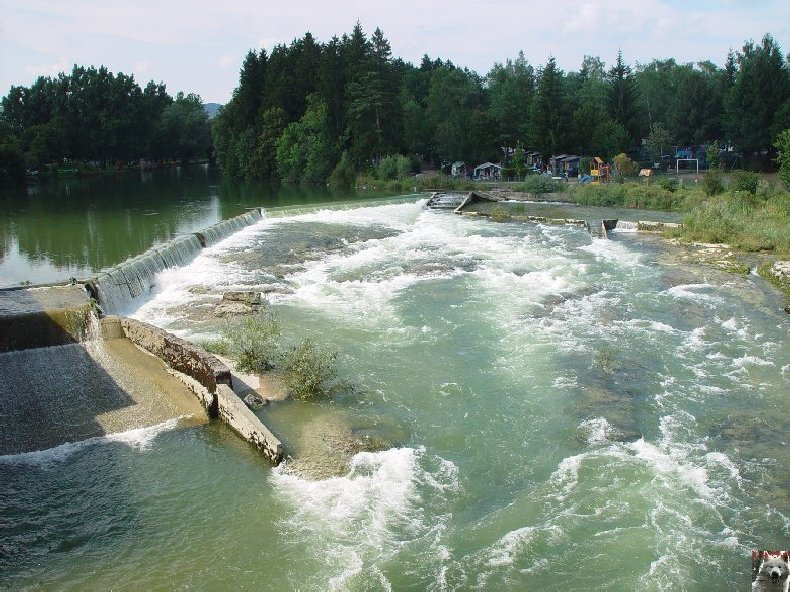 Le barrage et le lac de Vouglans (39) - 27/07 - 12/08/2007 0035