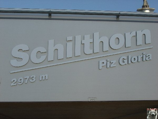 "Le Schilthorn ou ""Piz Gloria"" - BE - 0016c"