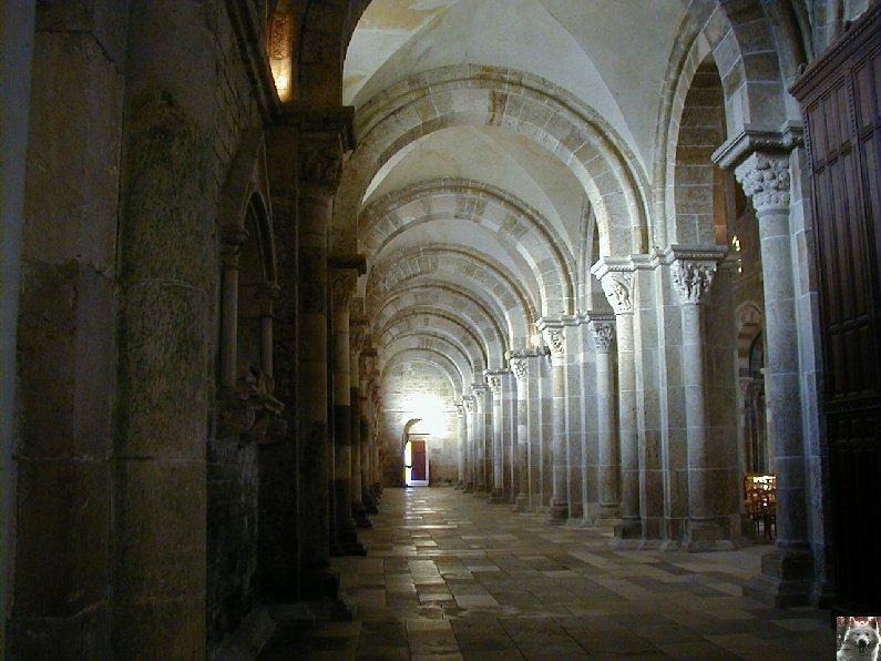 Vézelay (89) Ste Marie Madeleine 0012